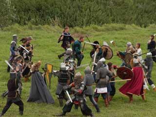 В рамках фестиваля «Битва на Воже» прошли турниры по историческому фехтованию (РЕЗУЛЬТАТЫ)